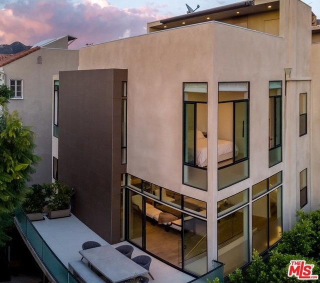 3 Bedrooms, West Hollywood Rental in Los Angeles, CA for $16,000 - Photo 2