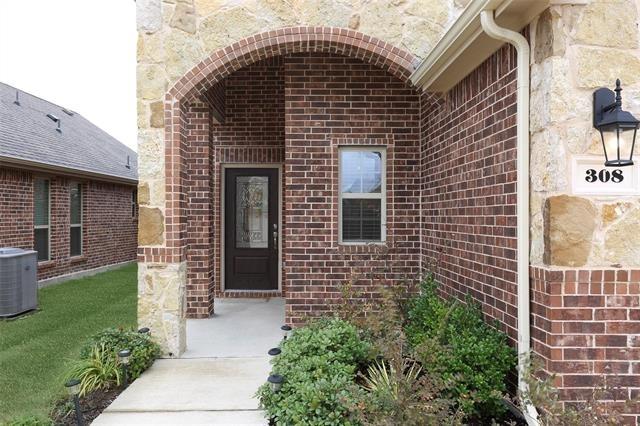 4 Bedrooms, McKinney Rental in Dallas for $1,850 - Photo 2