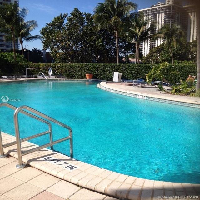 1 Bedroom, Golden Shores Ocean Boulevard Estates Rental in Miami, FL for $1,915 - Photo 2