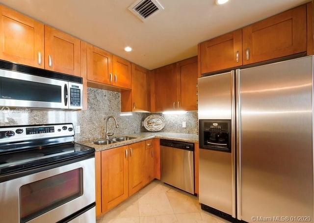 2 Bedrooms, Douglas Rental in Miami, FL for $2,450 - Photo 2