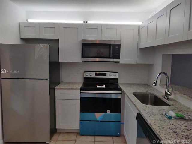 2 Bedrooms, Coral Springs Rental in Miami, FL for $1,450 - Photo 1