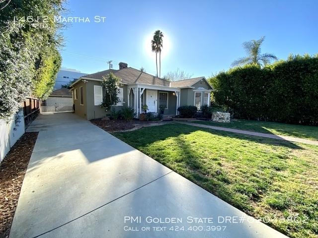 3 Bedrooms, Van Nuys Rental in Los Angeles, CA for $4,200 - Photo 2