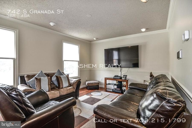 3 Bedrooms, Columbia Heights - West Rental in Washington, DC for $2,825 - Photo 2