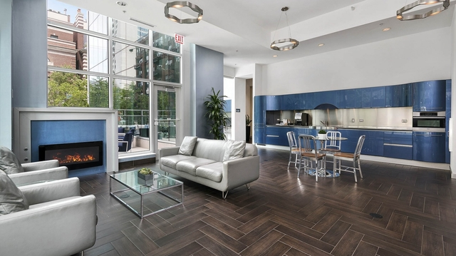 2 Bedrooms, River North Rental in Chicago, IL for $3,603 - Photo 1