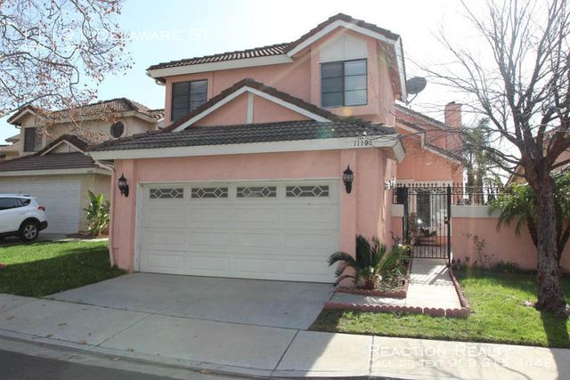 4 Bedrooms, Victoria Rental in Los Angeles, CA for $2,450 - Photo 1