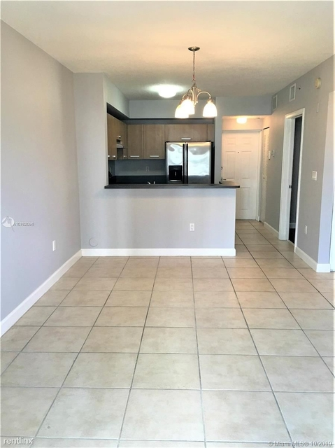 2 Bedrooms, Edgewater Rental in Miami, FL for $1,790 - Photo 2
