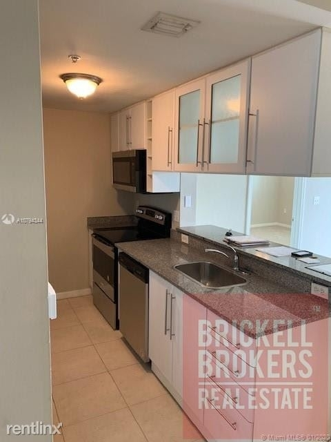 2 Bedrooms, Media and Entertainment District Rental in Miami, FL for $2,000 - Photo 2