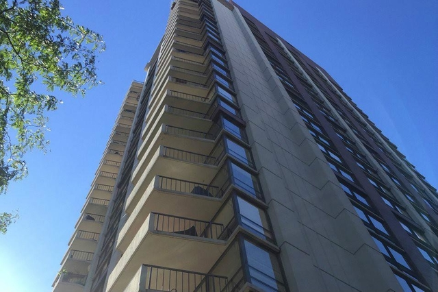 2 Bedrooms, Gold Coast Rental in Chicago, IL for $3,810 - Photo 1