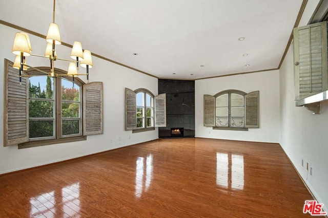 2 Bedrooms, Mid-City West Rental in Los Angeles, CA for $3,995 - Photo 2