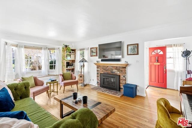 3 Bedrooms, Sherman Oaks Rental in Los Angeles, CA for $4,250 - Photo 2