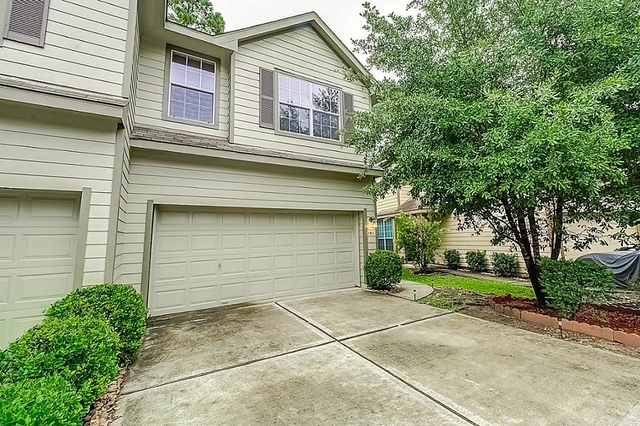 3 Bedrooms, Sterling Ridge Rental in Houston for $1,900 - Photo 2