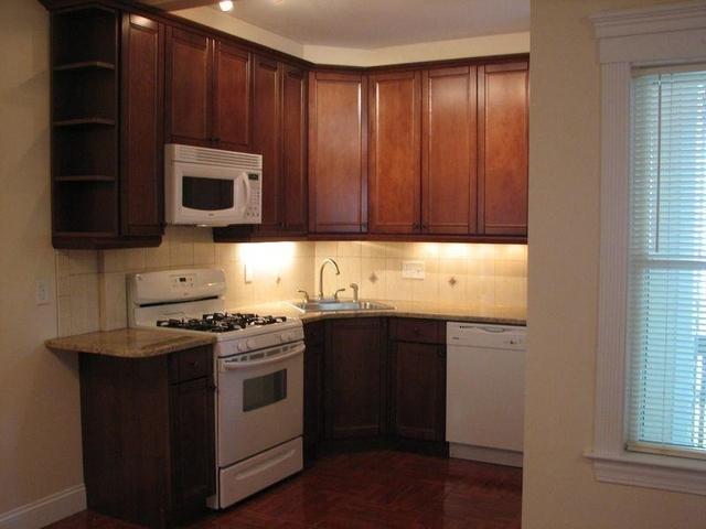 3 Bedrooms, Oak Square Rental in Boston, MA for $3,050 - Photo 2