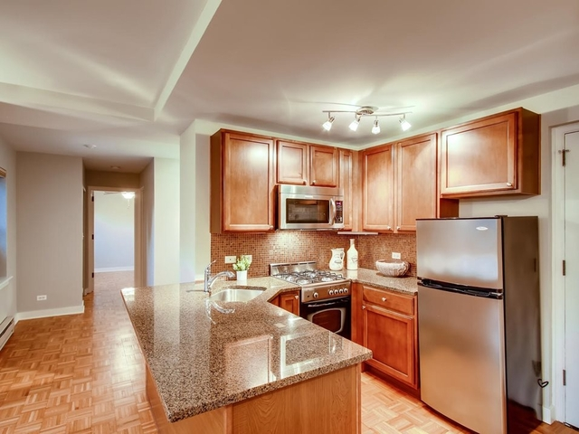 2 Bedrooms, Gold Coast Rental in Chicago, IL for $2,015 - Photo 1