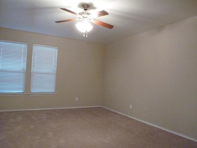 5 Bedrooms, Highland Meadows Rental in Dallas for $1,850 - Photo 2
