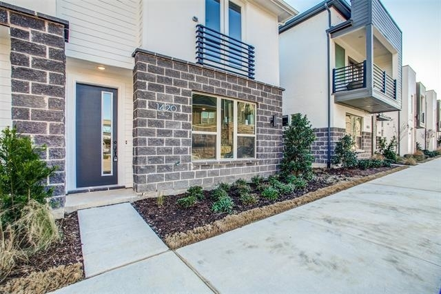 3 Bedrooms, Plano Rental in Dallas for $2,599 - Photo 1