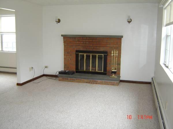 2 Bedrooms, Newton Upper Falls Rental in Boston, MA for $2,250 - Photo 1