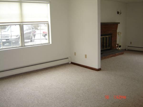 2 Bedrooms, Newton Upper Falls Rental in Boston, MA for $2,250 - Photo 2