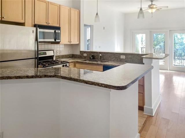 2 Bedrooms, Park Towers Place Rental in Atlanta, GA for $1,950 - Photo 2