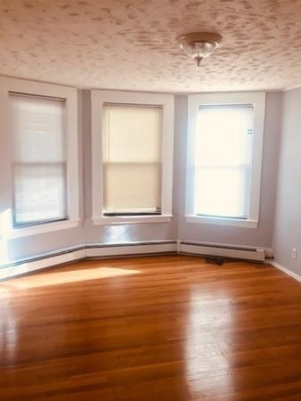3 Bedrooms, Winter Hill Rental in Boston, MA for $2,300 - Photo 1
