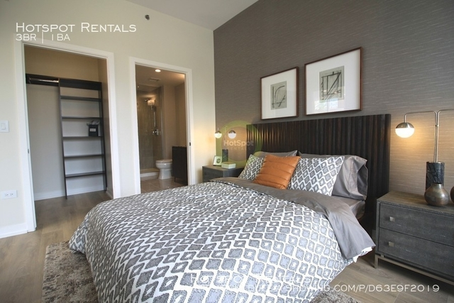 3 Bedrooms, River North Rental in Chicago, IL for $8,925 - Photo 2