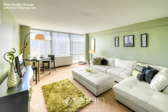1 Bedroom, Prairie Shores Rental in Chicago, IL for $1,128 - Photo 1