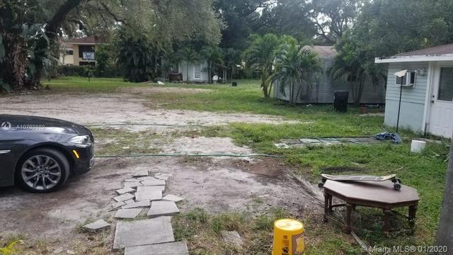 3 Bedrooms, River Oaks Rental in Miami, FL for $1,500 - Photo 1