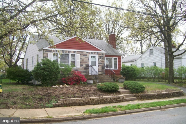 2 Bedrooms, Columbia Forest Rental in Washington, DC for $2,550 - Photo 1