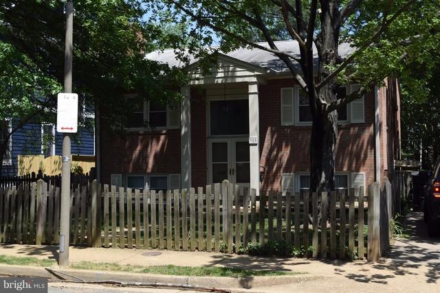 4 Bedrooms, Lyon Park Rental in Washington, DC for $4,000 - Photo 2