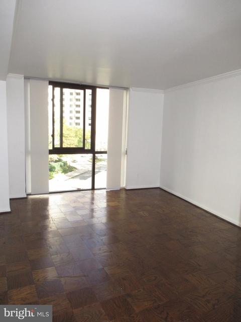 1 Bedroom, Friendship Heights Village Rental in Washington, DC for $1,900 - Photo 2