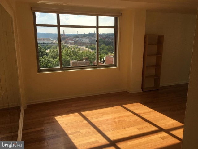 Studio, Foggy Bottom Rental in Washington, DC for $1,900 - Photo 2
