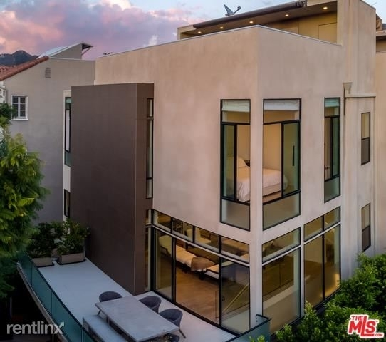 3 Bedrooms, West Hollywood Rental in Los Angeles, CA for $16,000 - Photo 1