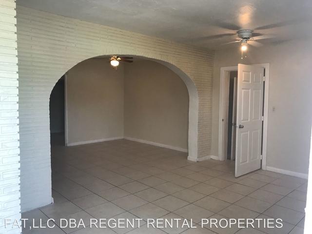 3 Bedrooms, Dillard Park Rental in Miami, FL for $1,735 - Photo 2