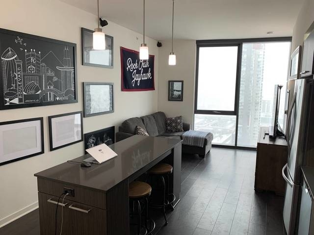 1 Bedroom, Fulton Market Rental in Chicago, IL for $2,053 - Photo 2