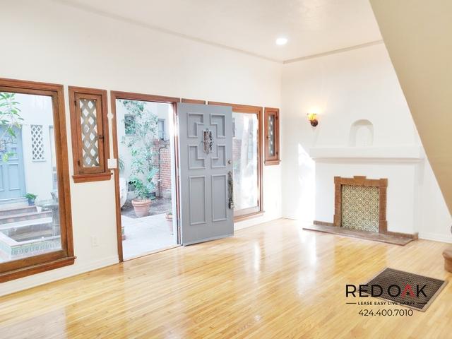 2 Bedrooms, Wilshire Center - Koreatown Rental in Los Angeles, CA for $2,795 - Photo 1