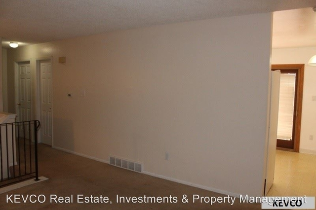 4 Bedrooms, Rogers Park Rental in Fort Collins, CO for $2,100 - Photo 2