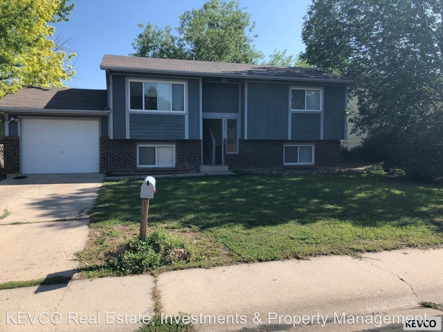 4 Bedrooms, Rogers Park Rental in Fort Collins, CO for $2,150 - Photo 1
