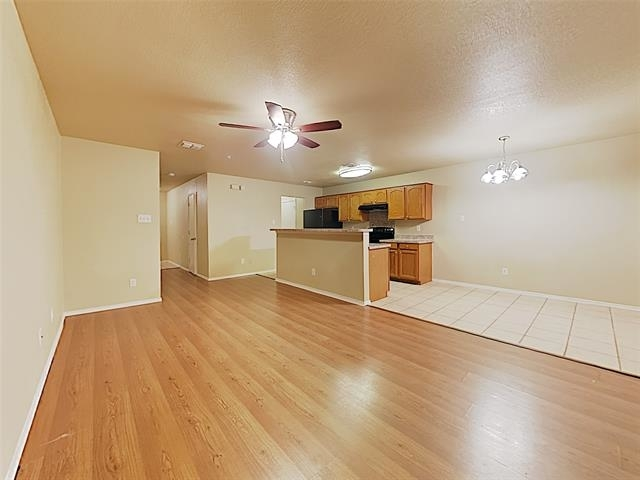 3 Bedrooms, South Oak Grove Estates East Rental in Dallas for $1,299 - Photo 2