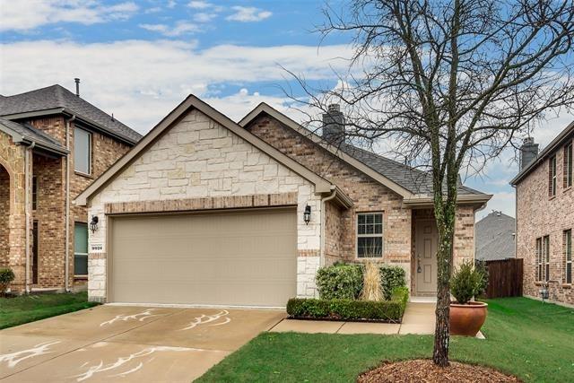 3 Bedrooms, McKinney Rental in Dallas for $1,895 - Photo 2