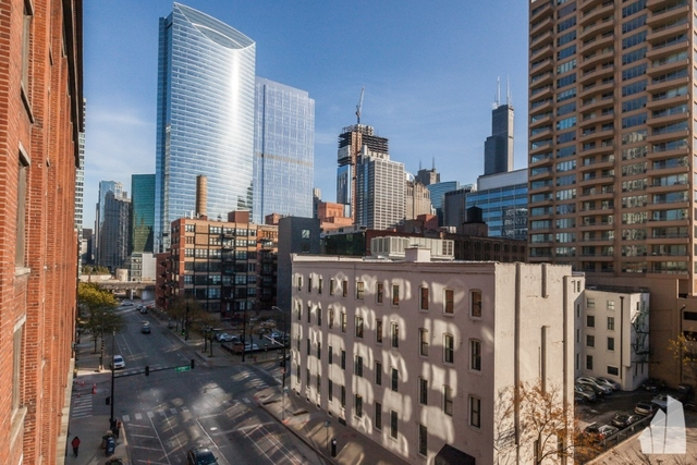 2 Bedrooms, Fulton River District Rental in Chicago, IL for $2,500 - Photo 1