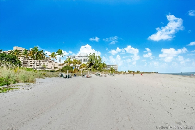 4 Bedrooms, Village of Key Biscayne Rental in Miami, FL for $5,250 - Photo 1