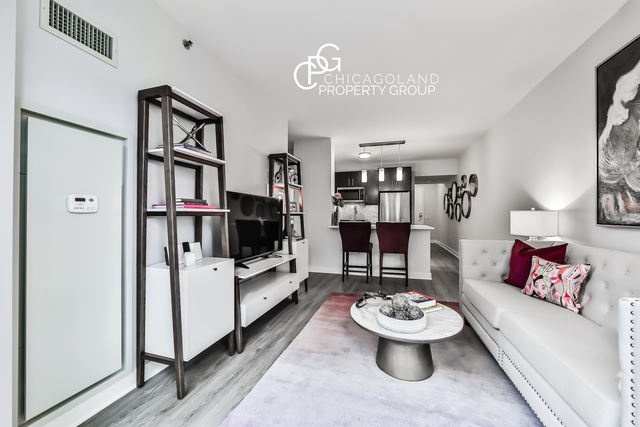 1 Bedroom, Gold Coast Rental in Chicago, IL for $2,510 - Photo 1