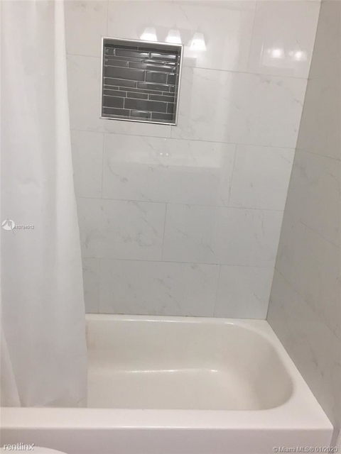 2 Bedrooms, Riverview Rental in Miami, FL for $1,575 - Photo 2