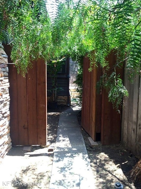 2 Bedrooms, Hollywood United Rental in Los Angeles, CA for $2,850 - Photo 1