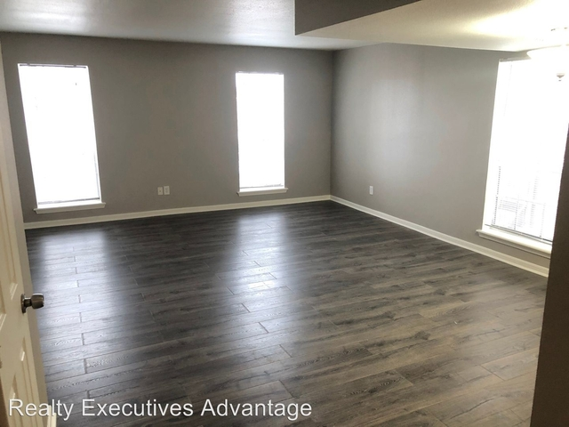 2 Bedrooms, Lindale Rental in Houston for $1,300 - Photo 2