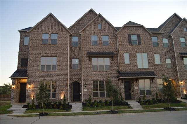 4 Bedrooms, Castle Hills Rental in Dallas for $2,450 - Photo 1