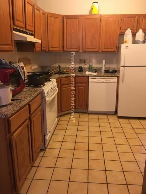 2 Bedrooms, St. Elizabeth's Rental in Boston, MA for $2,375 - Photo 2