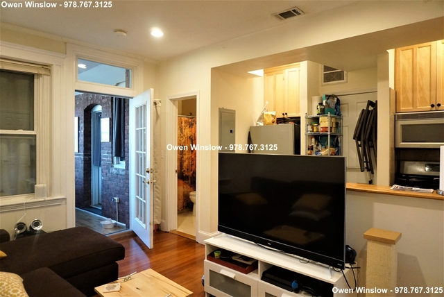 2 Bedrooms, Washington Square Rental in Boston, MA for $2,700 - Photo 2