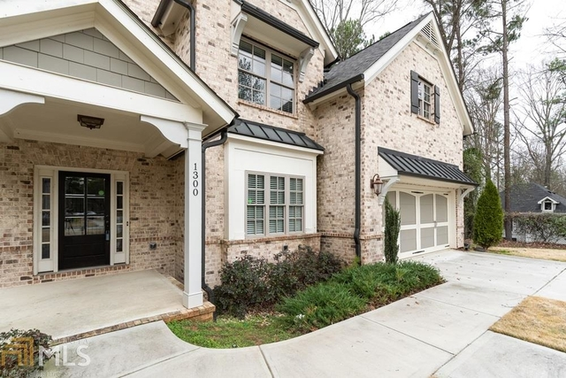 5 Bedrooms, Lindridge - Martin Manor Rental in Atlanta, GA for $3,950 - Photo 2