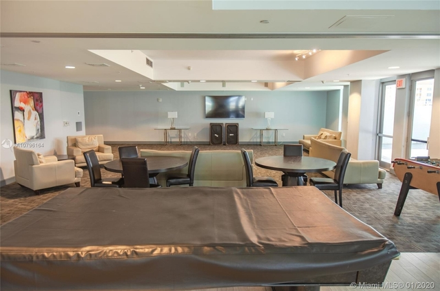 3 Bedrooms, Treasure Island Rental in Miami, FL for $3,000 - Photo 1