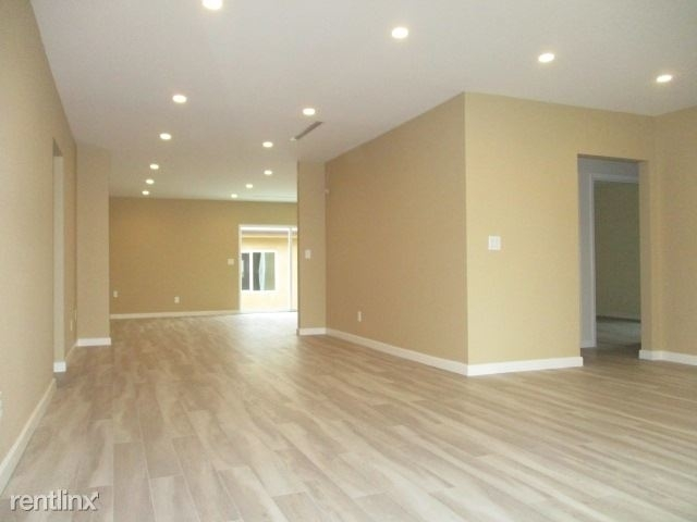 4 Bedrooms, Mid-Town North Hollywood Rental in Los Angeles, CA for $3,995 - Photo 2